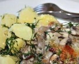 Свинина тушеная со сливками и картошкой
